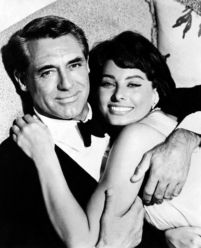 DÅRLIG HUSK: Cary Grant skal ikke ha hatt så lett for å huske Sophia Lorens etternavn, selv om det snart var et av verdens mest kjente. Her fra innspillingen av filmen «Houseboat» i 1958. FOTO: NTB
