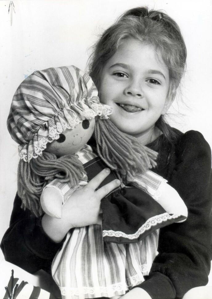 OPPSIKTSVEKKENDE: 14 år gammel hadde Drew Barrymore vært i flere store filmer, blitt behandlet for rusproblemer og blitt tvangsinnlagt på en institusjon for psykisk syke. Foto: NTB