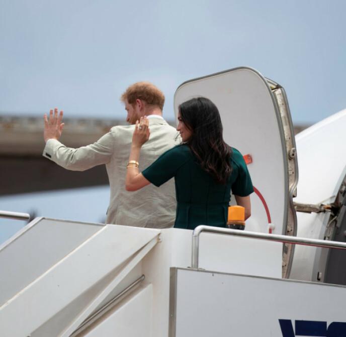 UAVHENGIG: Harry og Meghan er ikke lenger å regne som offisielle medlemmer av den britiske kongefamilien. FOTO: NTB