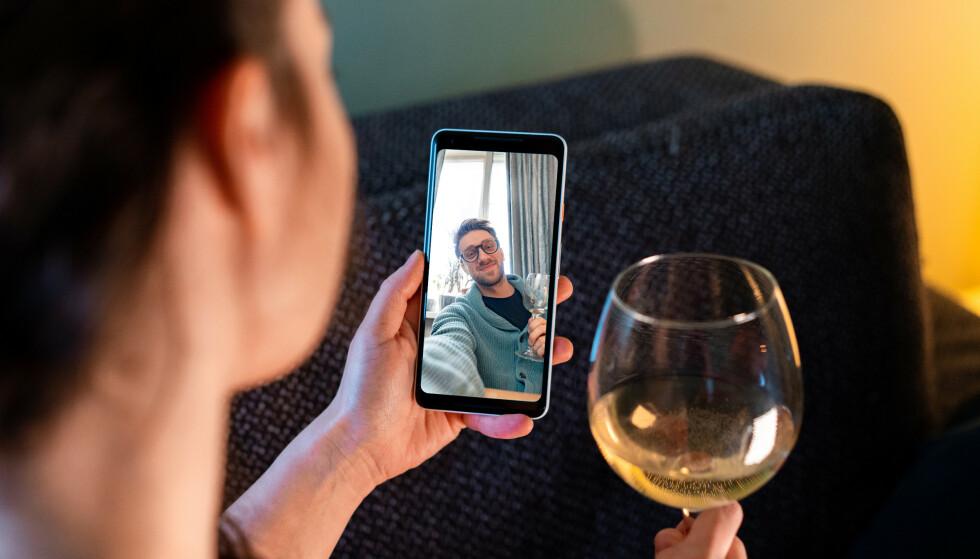 EKSEN: Mange husker kun det positive med eksen, som spennende ferier og romantiske dater, spesielt om kontakten etter bruddet er god.