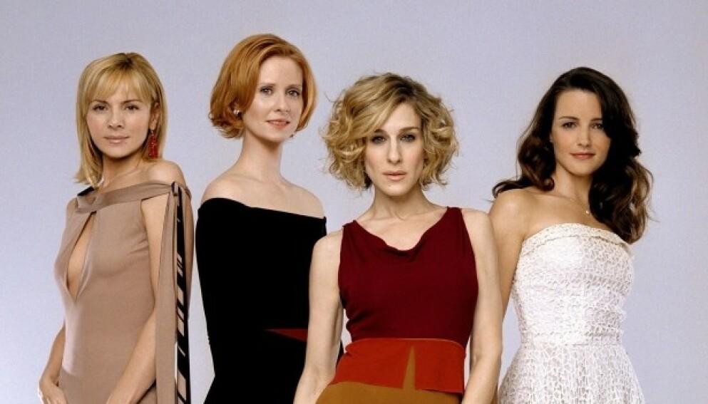 COMEBACK: Kim Cattrall (t.v.) blir ikke med i den nye Sex og singelliv-serien sammen med Cynthia Nixon, Sarah Jessica Parker og Kristin Davis. Foto: NTB