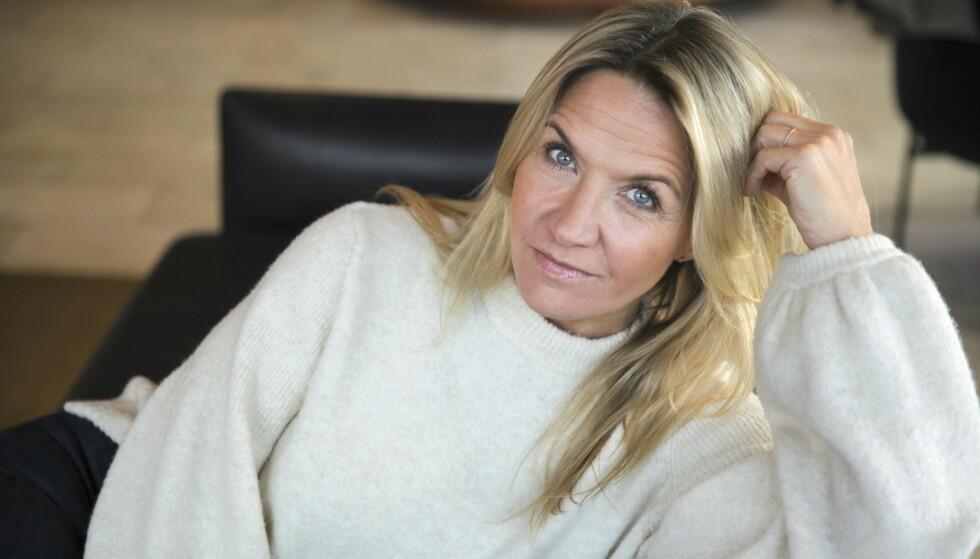 TIDLIG RAMMET: - Jeg har en enorm respekt for sykdommen, sier Kristin Kaspersen, som fikk koronaviruset våren 2020. Foto: Frida Funemyr