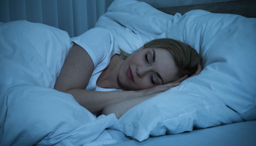 DRØMMER: Hvorfor drømmer vi ofte det samme om og om igjen? FOTO: NTB