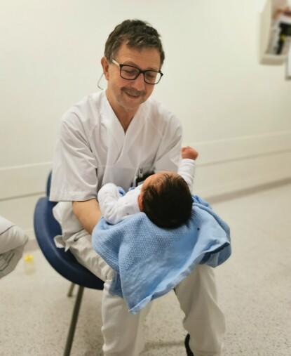 GIR GLEDE OG ENERGI: Få ting kan ifølge Paul måle seg opp mot det å se et barn bli født. FOTO: Privat