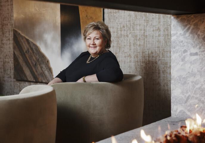 JUBILANTEN: Statsminister Erna Solberg sier til KK at hun fant roen etter at hun fylte 50. FOTO: Yvonne Wilhelmsen