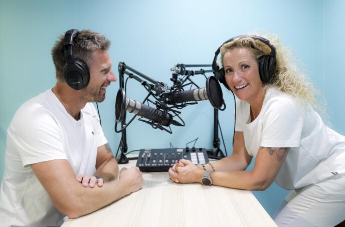 ÅPNER OPP: I podcasten Snakk Om tar Bianca og Espen hver uke opp temaer som berører mange. Foto: Hilde Brevig