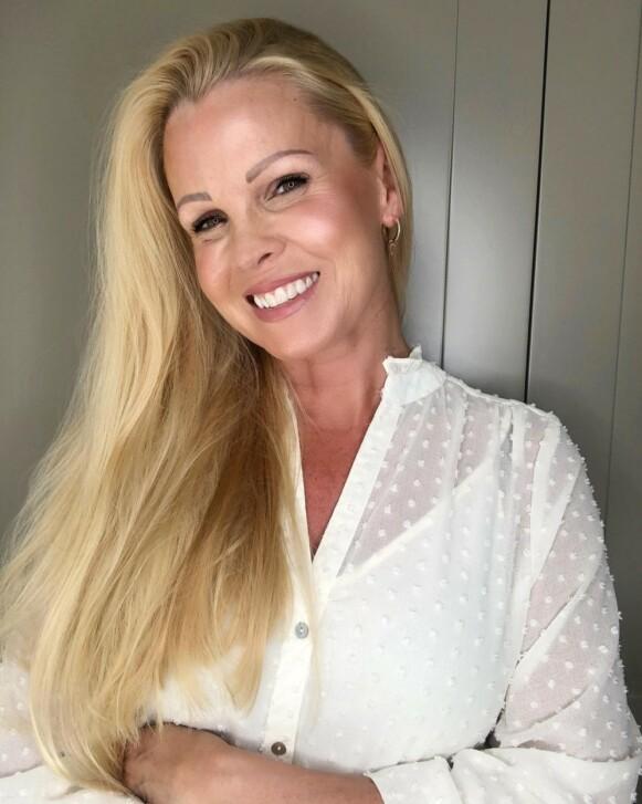 EKSPERT: Anne Kathrine Hansen velger heller body foundation enn solarium. FOTO: @skincarebyanki/Instagram