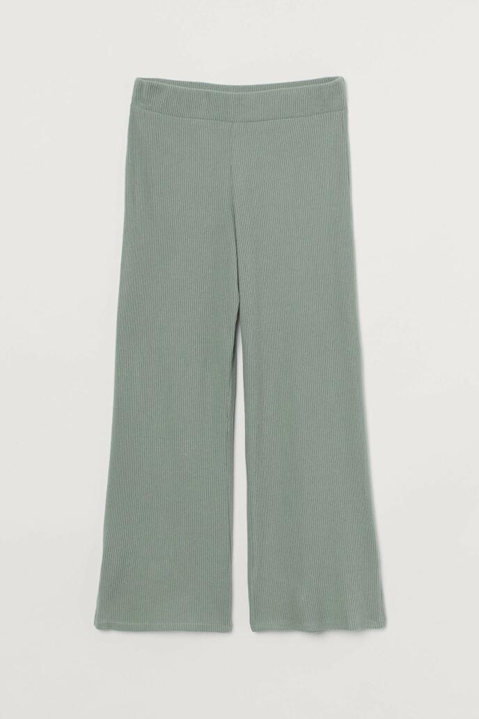 Bukse (kr 200, H&M).