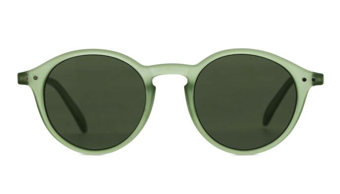 Runde solbriller (kr 350, Arket).