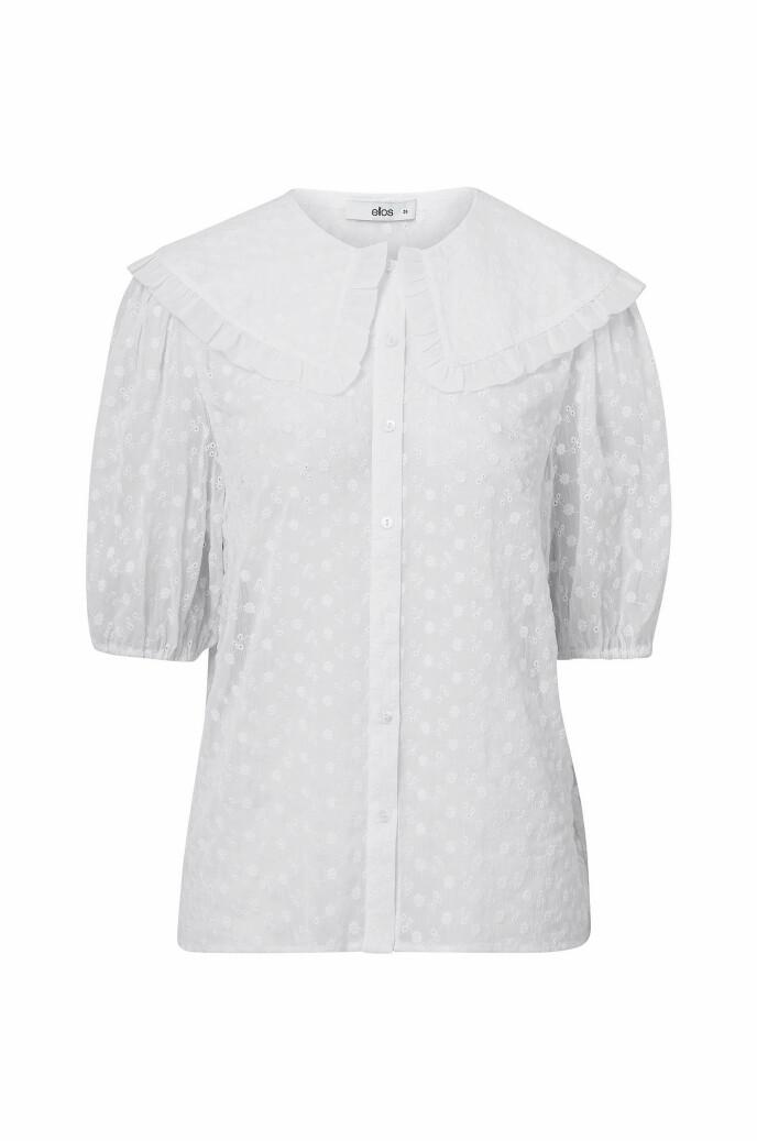 Bluse med krage (kr 450, Ellos).