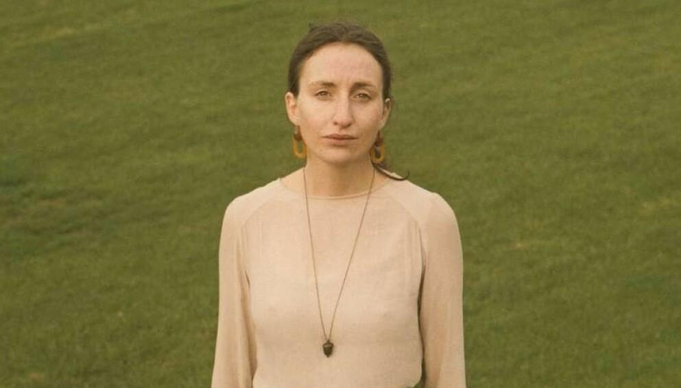 STERILISERING: Den danske forfatteren Amalie Langballe er åpen om at hun ikke ønsker seg barn. FOTO: Mathias Løvgreen