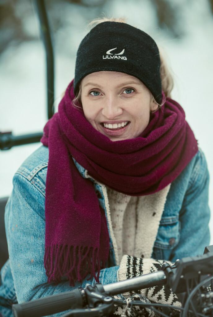 GLEDE: - Det gir så mye livsglede å være ute på tur, sier Kirsti. FOTO: Astrid Waller
