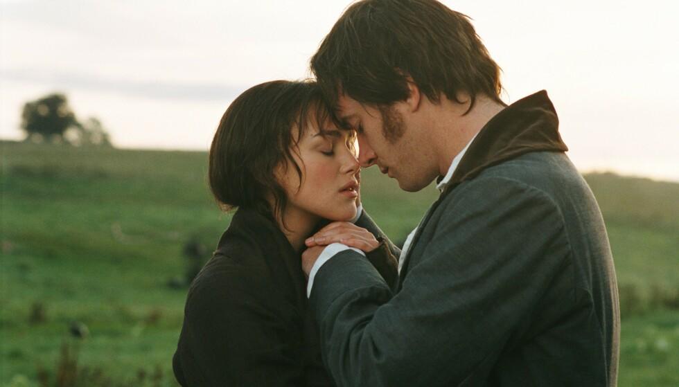 INTENS KJÆRLIGHET: Keira Knightley og Matthew Macfadyen i et følsomt øyeblikk i Jane Austens «Stolthet og fordom» i 2005. FOTO: NTB