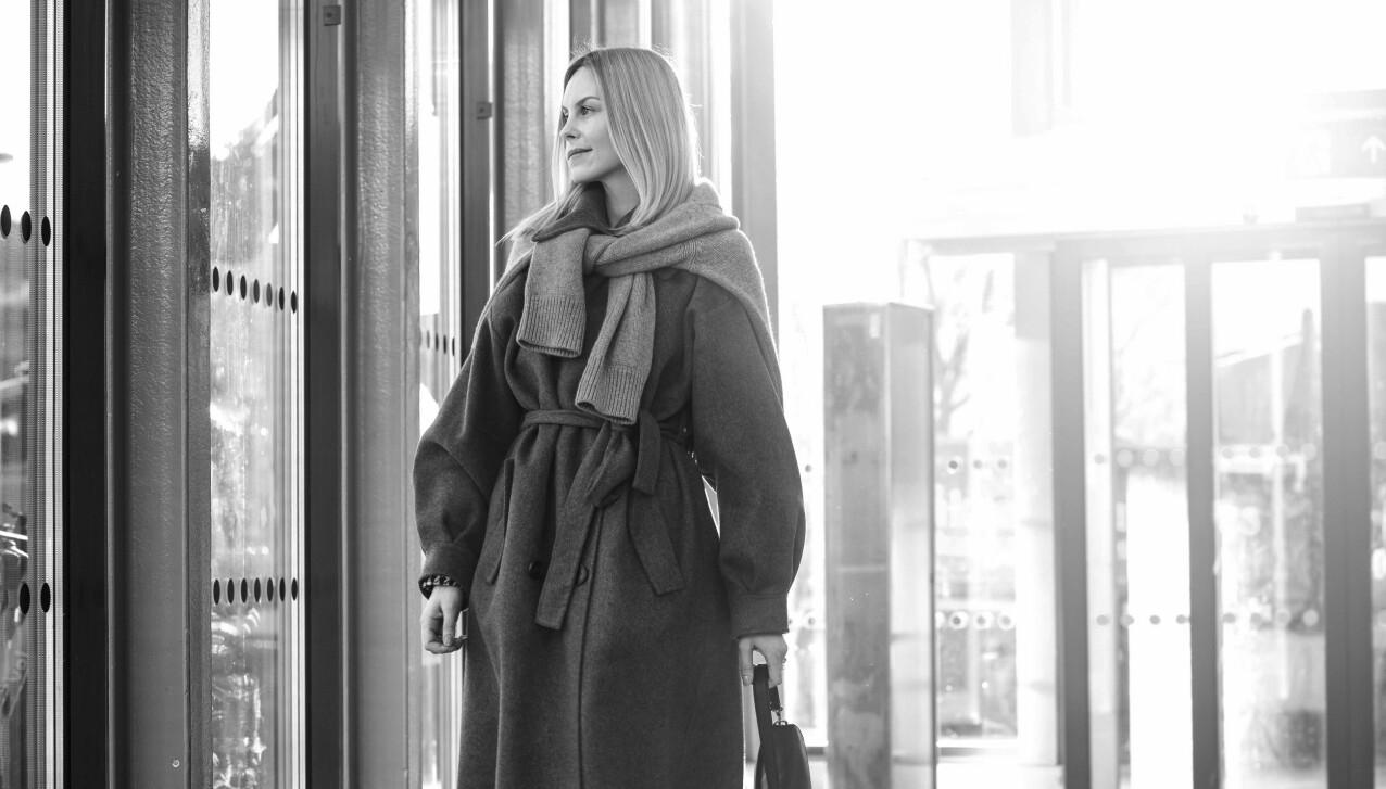 LIVSFILOSOFI: Austėja forsøker å møte alle med et åpent sinn - også de som kommenterer utseendet hennes både på sosiale medier og på gaten. FOTO: Astrid Waller