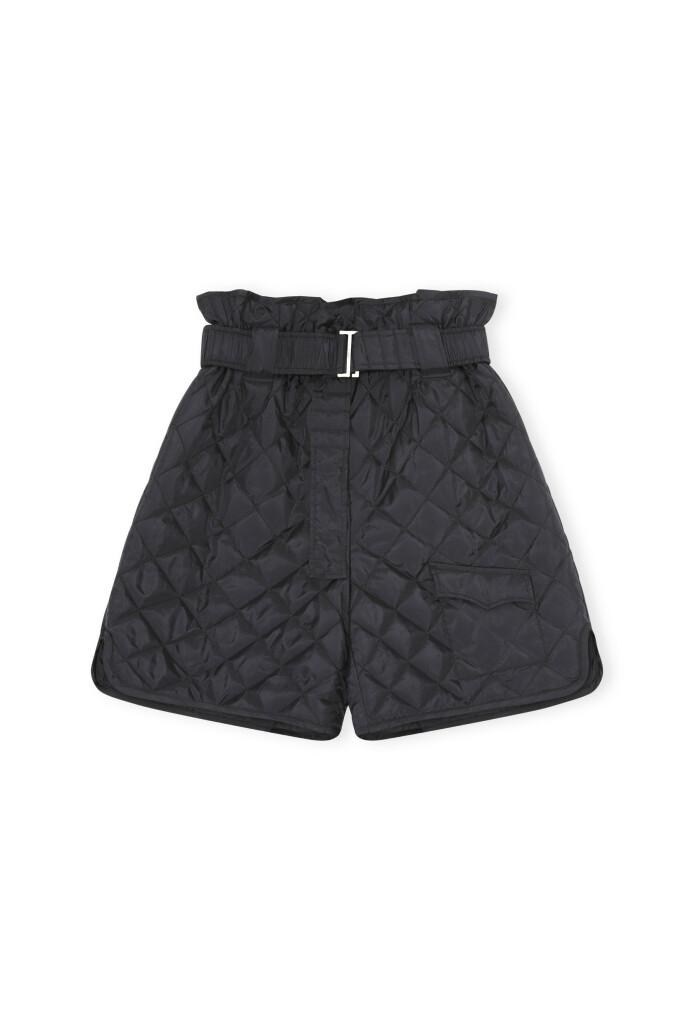 Shorts (kr 1695, Ganni).