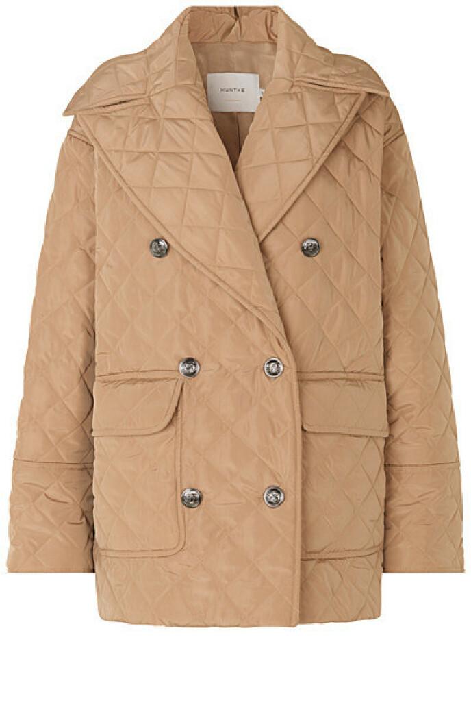 Dobbeltspent jakke (kr 2800, Munthe).