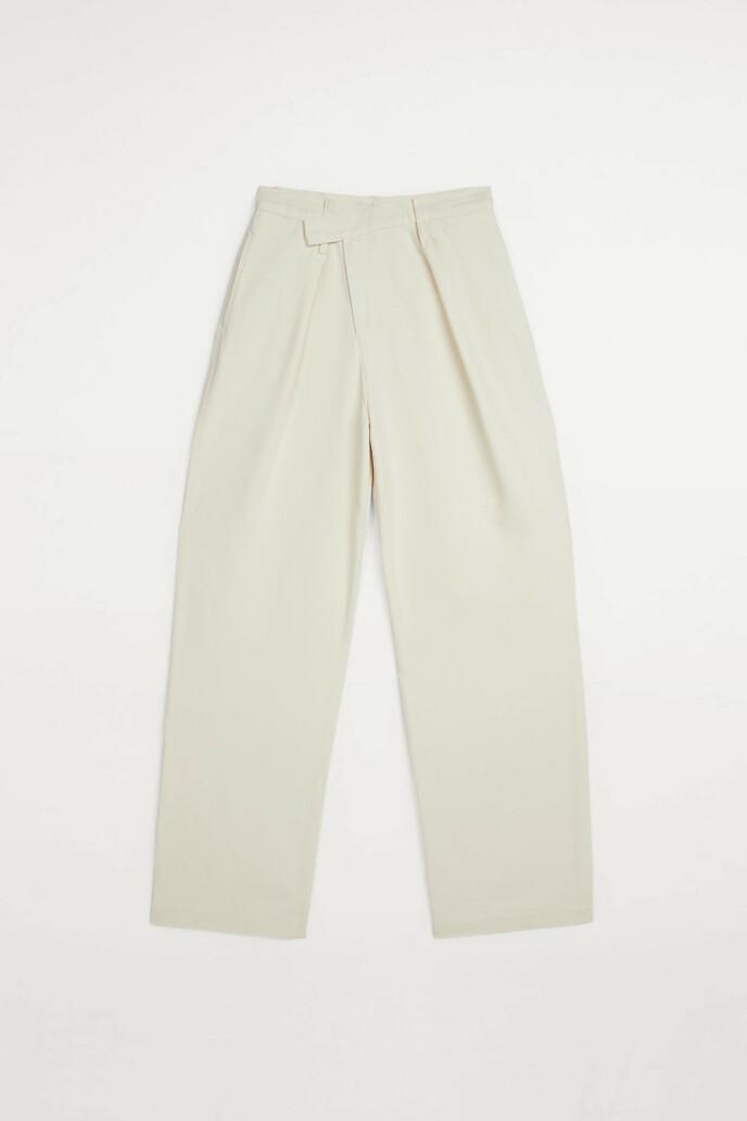 Vide og hvite (kr 450, Zara).