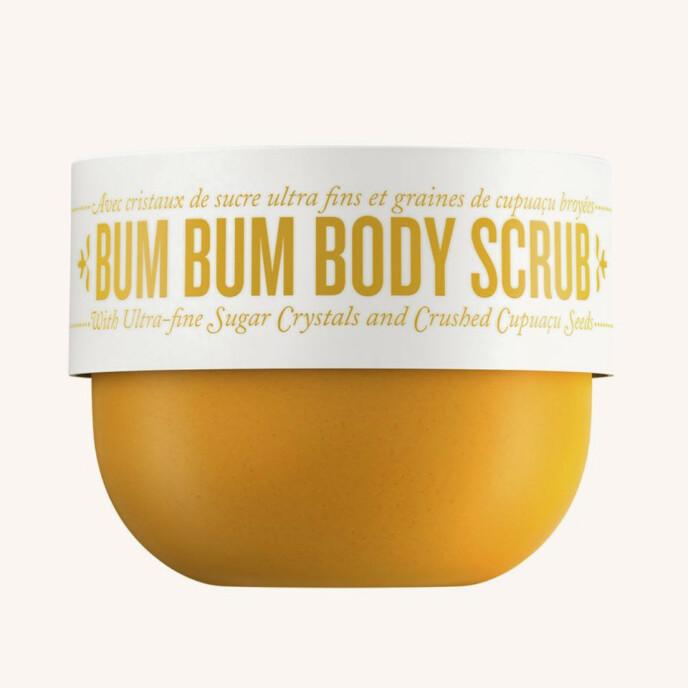 Bum Bum Body Scrub (kr 450, Sol de Janeiro/ kicks.no). FOTO: Produsenten