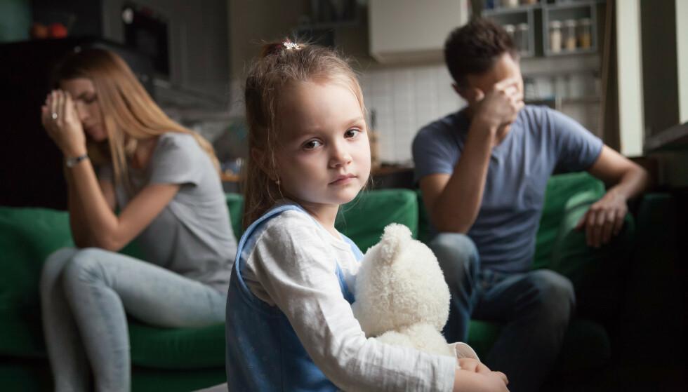 SKILSMISSE: Hvordan barn reagerer på samlivsbrudd varier, men som forelder kan du gjøre mye for at det skal bli mindre smertefullt for barna. FOTO: NTB Scanpix