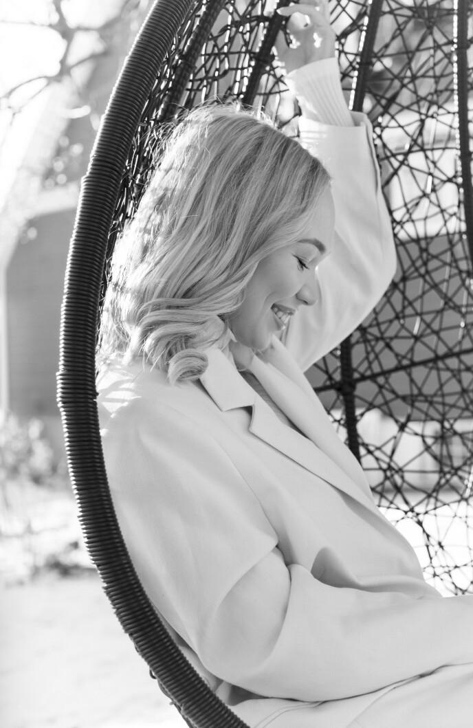 Agnete muitala ahte lei hui ádjás bargu beassat viidásabbot 2016' Eurovišuvnna vuoittáhallandáhpáhusas Stockholmmas. FOTO: Astrid Waller