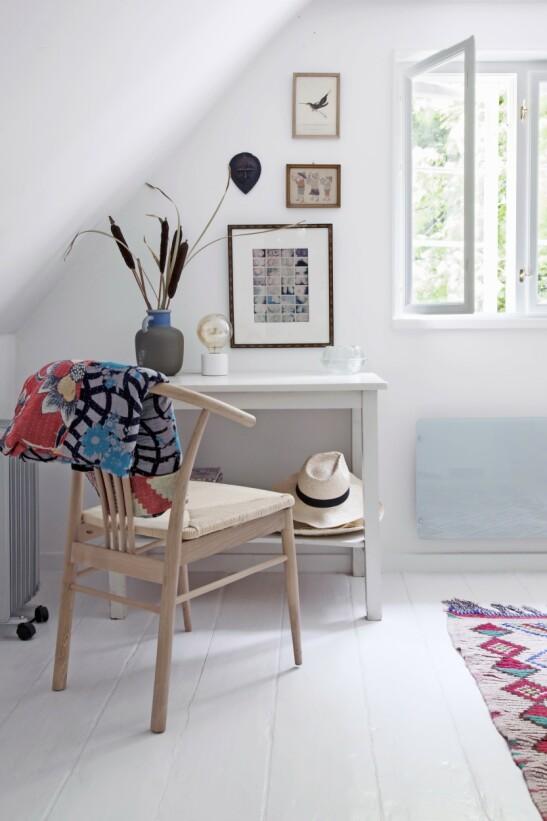 De små rommene i første etasje blir brukt som gjesterom. FOTO: Iben og Niels Ahlberg