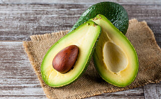 Slik får du myk avokado på ti minutter