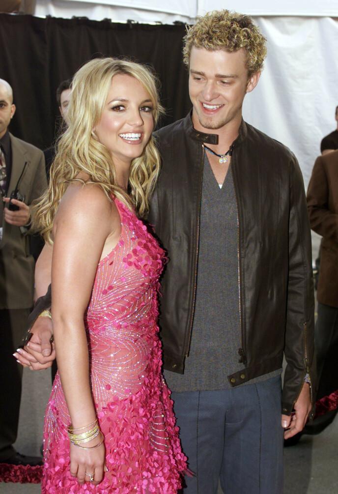 IT-PARET: Artistene Britney Spears og Justin Timberlake var verdens hotteste kjendispar, da de var sammen fra 1999 til 2003. Dette bildet er tatt i 2002. I dag er han gift med skuespiller Jessica Biel, mens Britney er samboer med Sam Asghari. FOTO: NTB