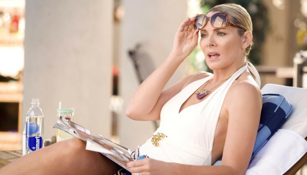 SEX OG SINGELLIV: Skuespiller Kim Cattrall har takket nei til å spille Samantha Jones i den nye serien som kommer i 2022. Her fra Sex and the City-filmen fra 2008. FOTO: NTB