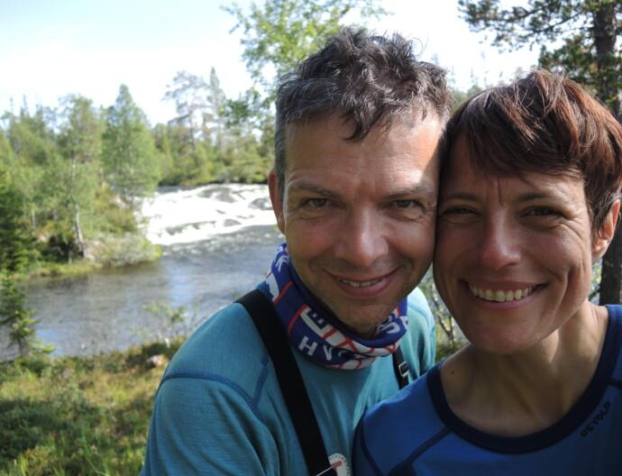AVSKJED: Inger Karin og mannen Jan Halvor feiret 24 års bryllupsdag sammen ute på tur. Siden dro Jan Halvor hjem, og Inger Karin fortsatte videre alene. FOTO: Privat