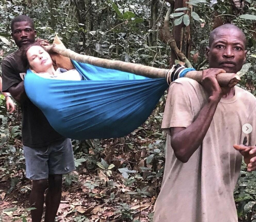 REDDET: Skuespiller Ashley Judd forteller om en 55 timer lang redningsoperasjon der lokalbefolkningen hjalp ut av den kongolesiske jungelen. FOTO: Skjermdump Instagram @ashley_judd.