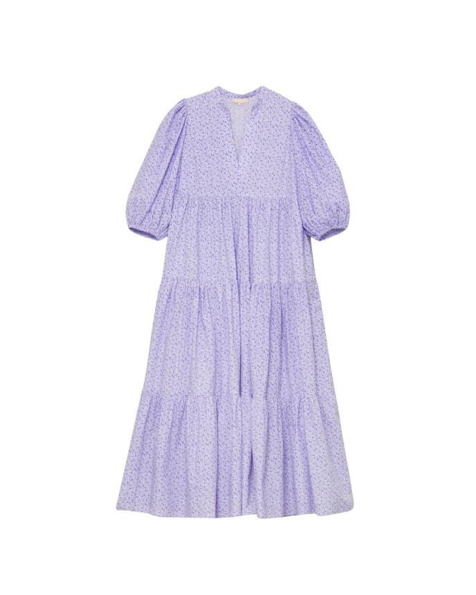 Lilla kjole med puffermer (kr 3000, ByTimo).