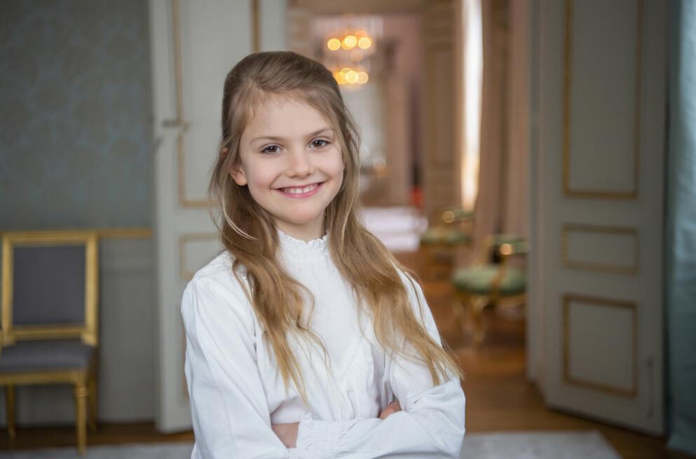 PRINSESSE ESTELLE: 23. februar 2021 fylte prinsesse Estelle av Sverige ni år. I anledning fødselsdagen ble det sluppet nye bilder fra Haga slott. FOTO: Det svenske kongehuset / Kate Gabor