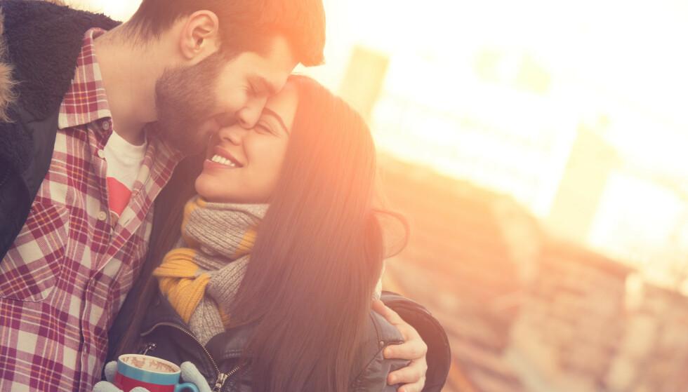IKKE STRESS: - Nyt forelskelsen og den første tiden sammen. Mer trygghet skaper også mer følelser, vinn-vinn, sier eksperten.