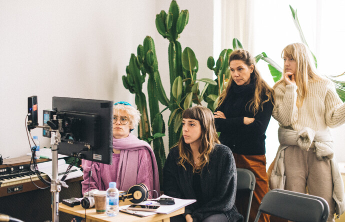 UTENOM DET VANLIGE: Når Erika Lust Films-produksjoner lages, består crewet av 80 % kvinner og personer som identifiserer seg som LGBTQ+. FOTO: Monica Figueras