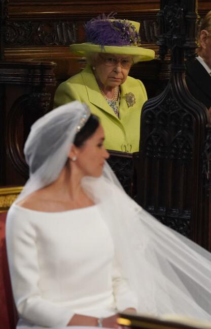 HODEBRY: Nok en kvinne har skapt trøbbel i det britiske kongehuset, og til tross for at vi ikke lenger lever på 1800-tallet, har ikke relasjonen vært problemfri. Her fra bryllupet i mai 2018. FOTO NTB