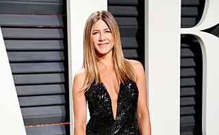 Motepolitiet: Jan Thomas ruller terning på Jennifer Aniston