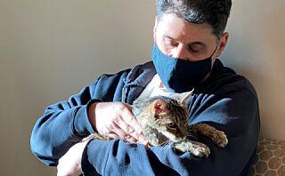 Katten Brandy gjenforent med eieren etter 15 år