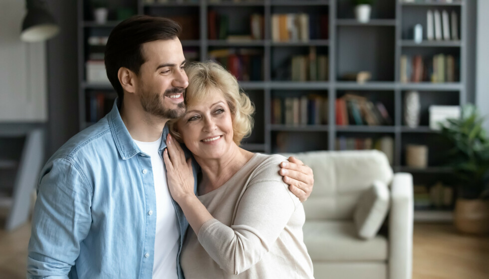 YNGRE KJÆRESTE: - Vi ser en økning i antall parforhold hvor kvinnen er betydelig eldre enn mannen, sier rode Thuen, som er professor i psykologi, forsker og forfatter. FOTO: NTB