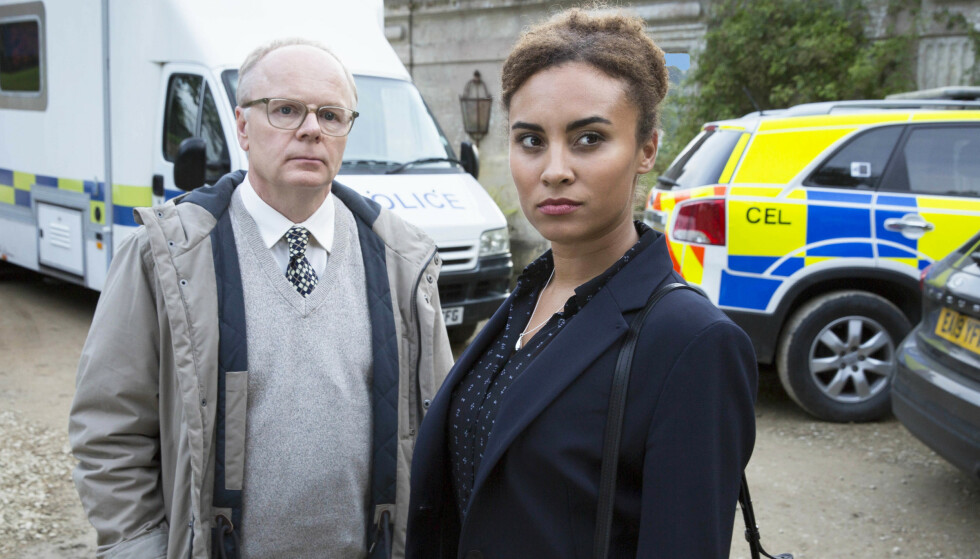 MCDONDALD & DODDS: Ambisiøse Lauren McDonald og tilbakeholdne Dodds er tilbake for å løse krimgåter i og rundt Bath. Sammen utgjør de det perfekte makker-par! FOTO: ITV