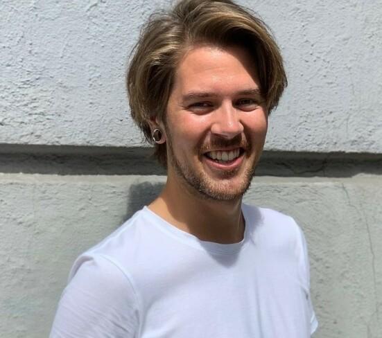 Markus Musum Helgesen, frisør