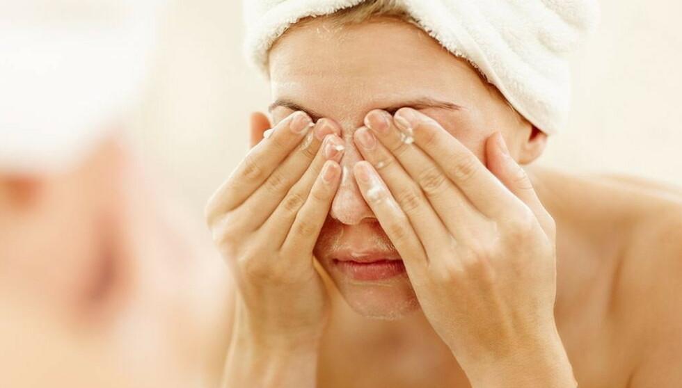 Derfor er huden din tørr nå (og slik løser du problemet)