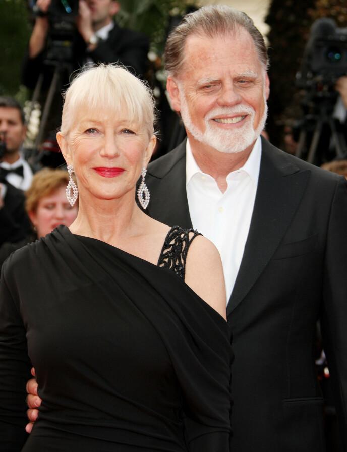 GODT GIFT: Helen Mirren med sin amerikanske ektemann Taylor Hackford i 2010. De ble kjærester på midten av 80-tallet, og har holdt sammen siden. FOTO: NTB