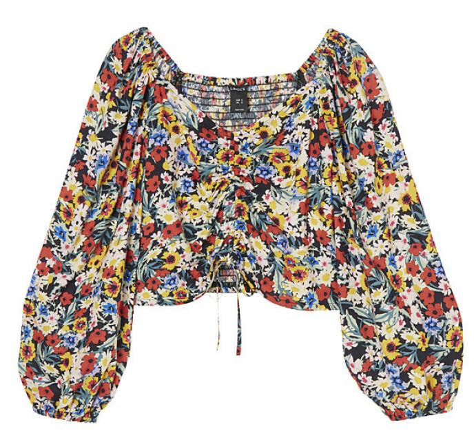 Blomstrete bluse (kr 250, Lindex).