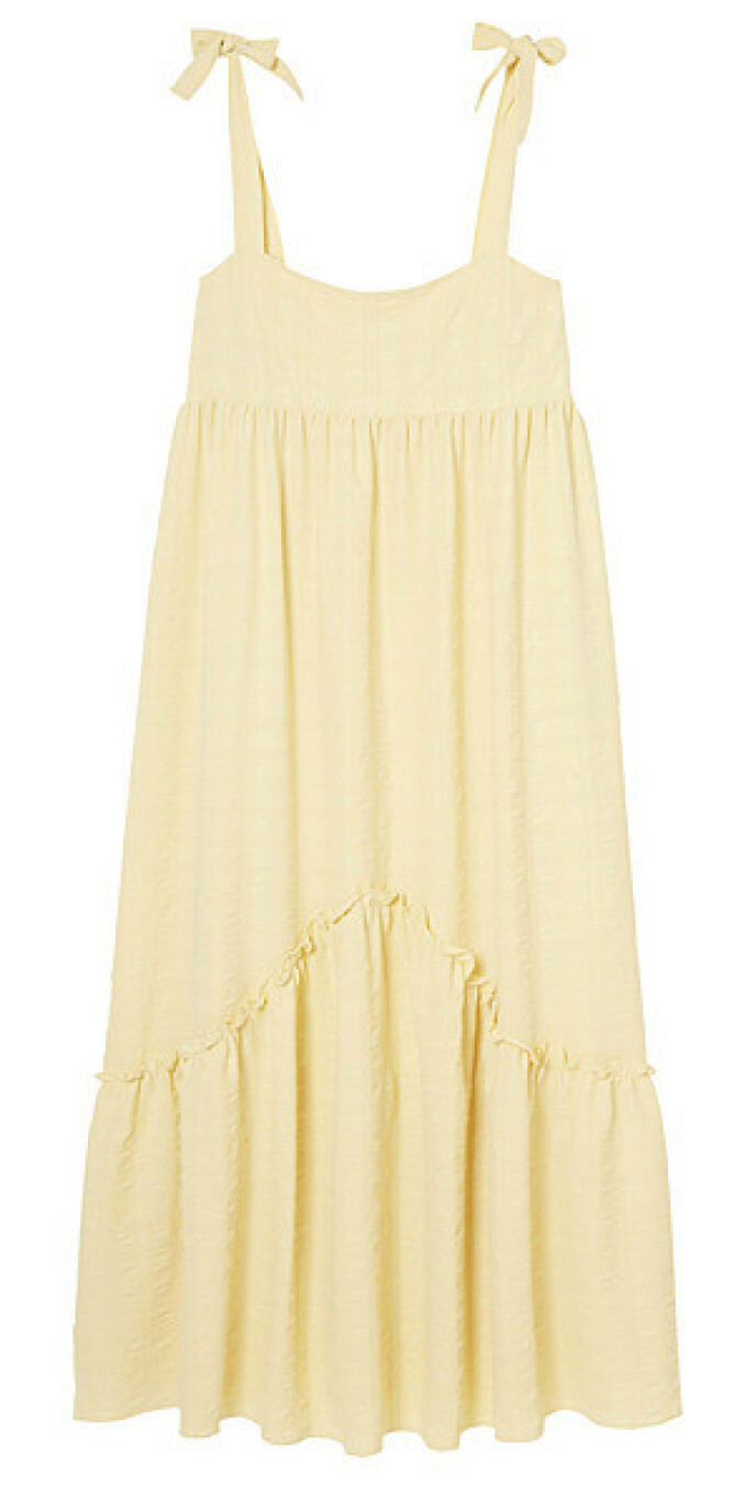 Gul kjole (kr 700, Lindex).