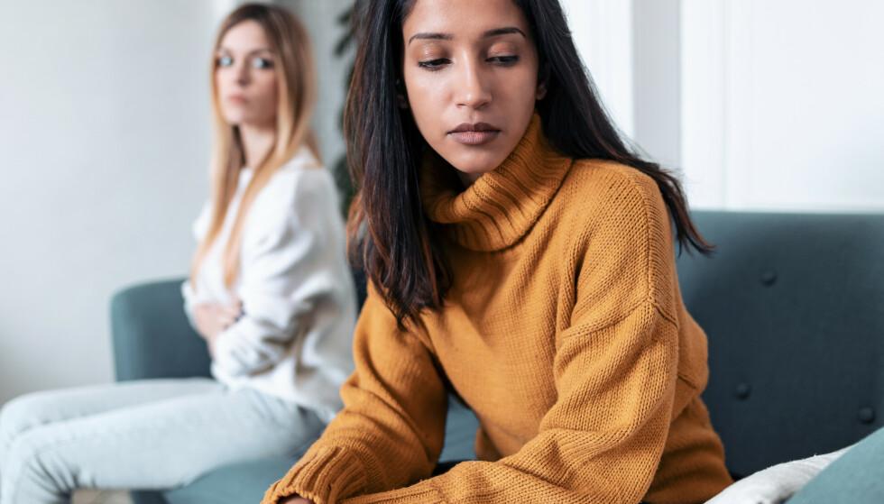 SE VENNEN DIN I ET NYTT LYS: Etter en aha-opplevelse lurer mange på hvorfor de ikke så mønstrene av utnyttelse og egoisme tidligere. FOTO: NTB