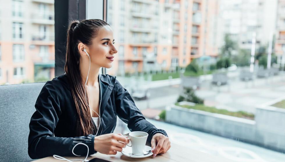 KAFFE FØR TRENING: Kaffe kan påvirke oss på ulike måter, og for noen kan treningseffekten bli bedre. Foto: NTB