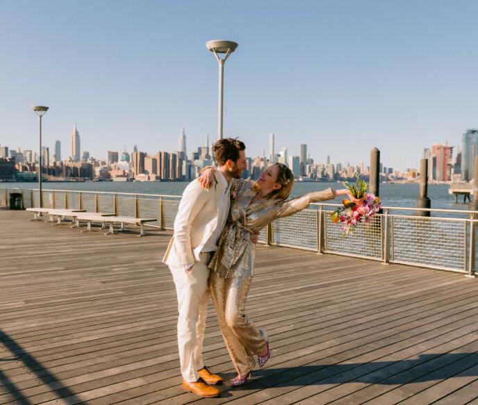 ENDELIG GIFT: I mars giftet brudepiken seg med Adam Kosoff. Foto: Privat