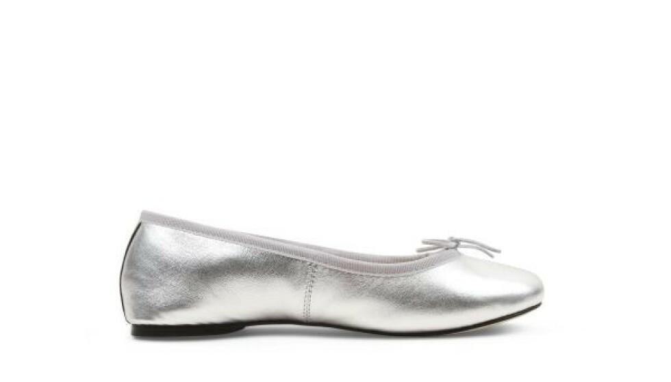 Sølvfargede (kr 2935, Repetto)