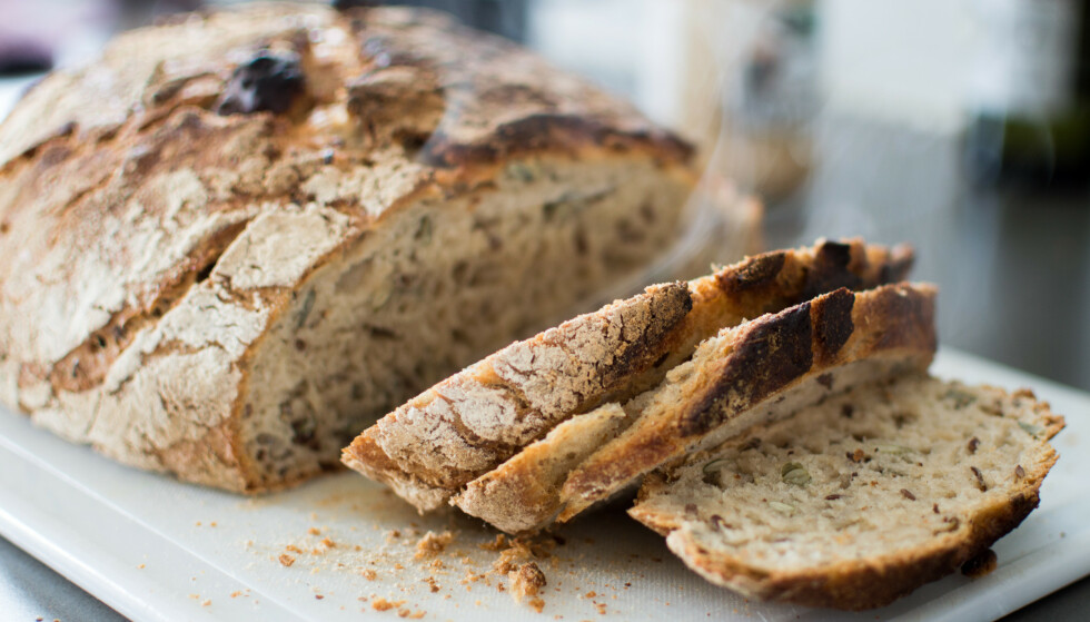 BRØDMAT: Brød har på mange måter fått et verstingrykte i matverden, mens eksperten mener man fint kan spise grovt brød hver dag. FOTO: NTB
