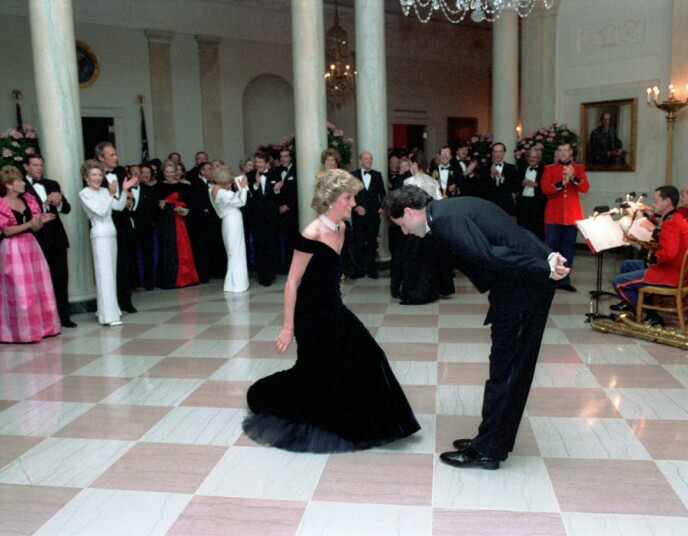 EVENTYRLIG: John Travolta beskriver dette øyeblikket som et eventyr. Foto: NTB
